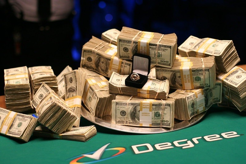 WSOP Ring and Cash